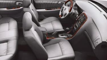 (EX V6) 4dr Sedan