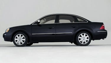 (Limited) 4dr All-wheel Drive Sedan