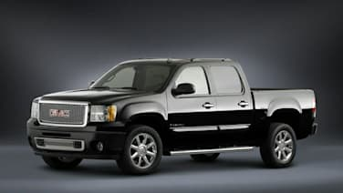(Denali) 4x4 Crew Cab 5.75 ft. box 143.5 in. WB