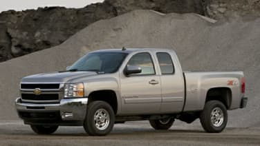 (LT2) 4x2 Extended Cab 157.5 in. WB SRW