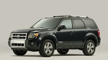 (XLS Manual 2.3L) 4dr Front-wheel Drive