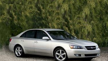 (Limited V6) 4dr Sedan