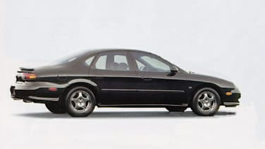 (SE-NE) 4dr Sedan