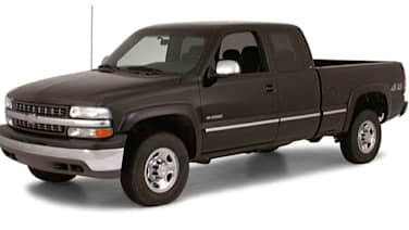 (LS) 4dr 4x2 Extended Cab 8 ft. box 157.5 in. WB