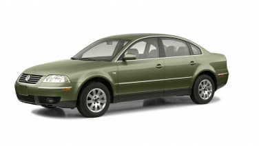 (GLX) 4dr All-wheel Drive 4Motion Sedan