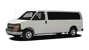 (LT) Rear-wheel Drive Extended Passenger Van