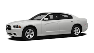 (Base) 4dr Rear-wheel Drive Sedan