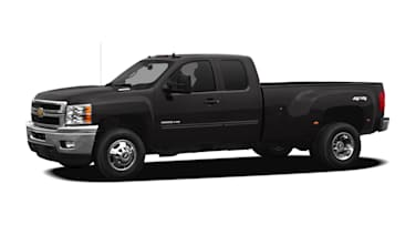 (LT) 4x4 Extended Cab 158.2 in. WB DRW
