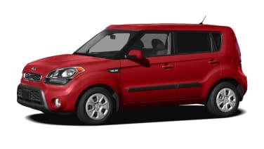 (Base) 4dr Hatchback