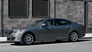 (Ultimate) 4dr Rear-wheel Drive Sedan