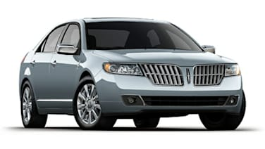 (Base) 4dr Front-wheel Drive Sedan