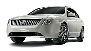 (Premier) 4dr All-wheel Drive Sedan