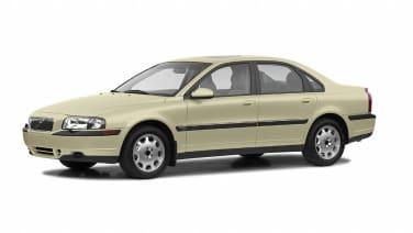 (T6) 4dr Sedan