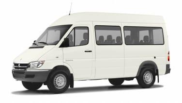 (HC) Passenger Van 140 in. WB