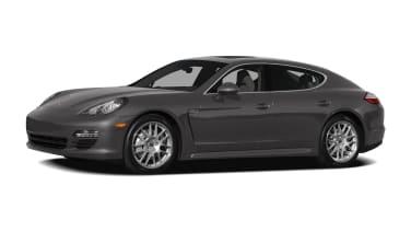 (2) 4dr Rear-wheel Drive Hatchback
