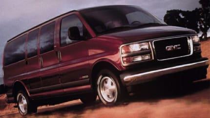 2002 GMC Savana SLT - G1500 Passenger Van (Base)