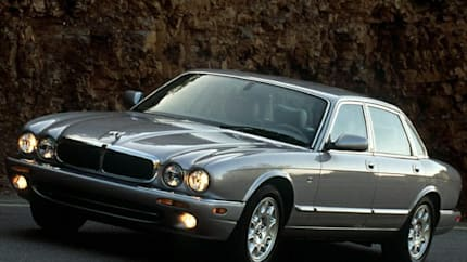 2002 Jaguar XJ8 - 4dr Sedan (Base)
