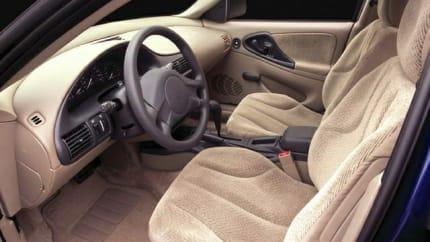 2005 Chevrolet Cavalier - 4dr Sedan (LS)