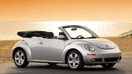 2010 Volkswagen New Beetle - 2dr Convertible (2.5L Final Edition)