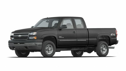 2007 Chevrolet Silverado 2500HD Classic - 4x2 Extended Cab 6.6 ft. box 143.5 in. WB (LS)
