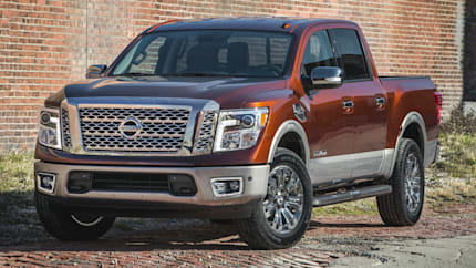 2017 Nissan Titan - 4dr 4x2 Crew Cab 139.8 in. WB (S)