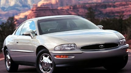 1999 Buick Riviera - 2dr Coupe (Base)