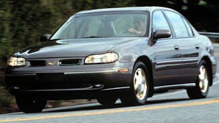 1999 Oldsmobile Cutlass - 4dr Sedan (GL)