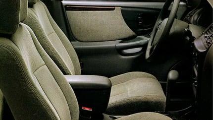 1999 Oldsmobile Cutlass - 4dr Sedan (GLS)