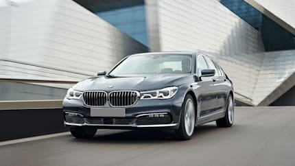 2017 BMW 740 - 4dr Rear-wheel Drive Sedan (i)