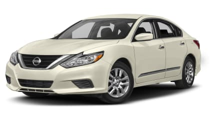 2017 Nissan Altima - 4dr Sedan (2.5)