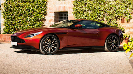 2017 Aston Martin DB11 - Coupe (Base)