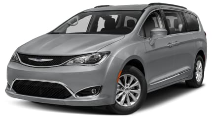 2017 Chrysler Pacifica - Front-wheel Drive Passenger Van (Touring-L)