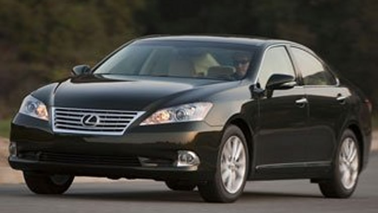 Entry Premium Car: Lexus ES