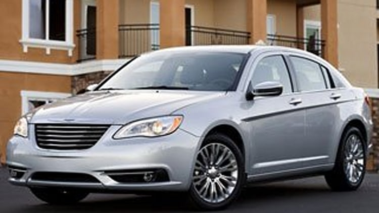 Family Sedan - Chrysler 200