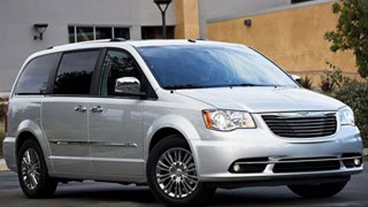 Minivan/Wagon - Chrysler Town & Country L