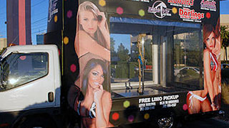 """Strippermobile"" to Take Show on the Road"