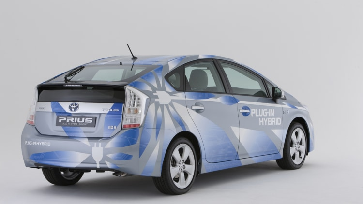 yahoo adding toyota prius plug in to wecar fleet autoblog. Black Bedroom Furniture Sets. Home Design Ideas