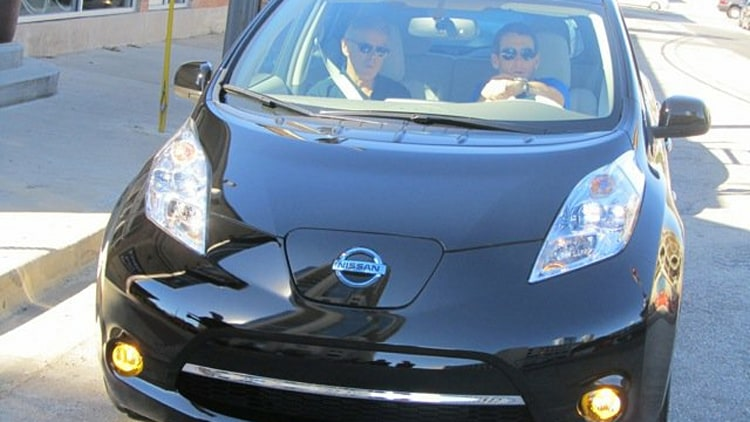 photo of Lance Armstrong Nissan Leaf - car