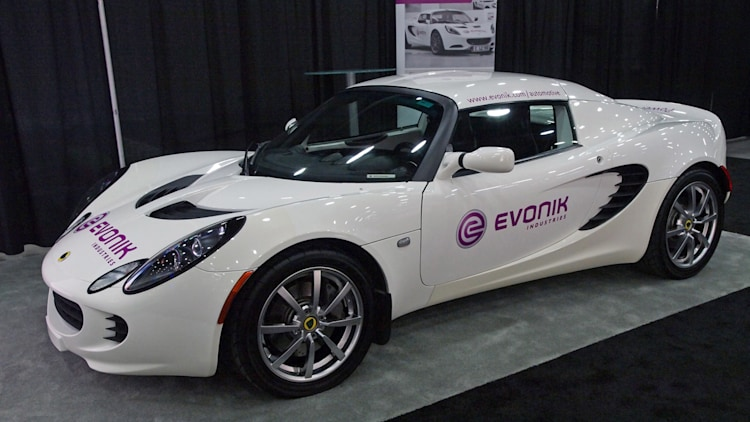 SAE World Congress: Evonik Lotus LWD Elise-E
