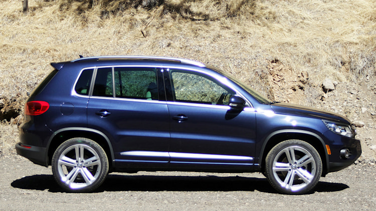 2014 volkswagen tiguan r line photo gallery autoblog. Black Bedroom Furniture Sets. Home Design Ideas