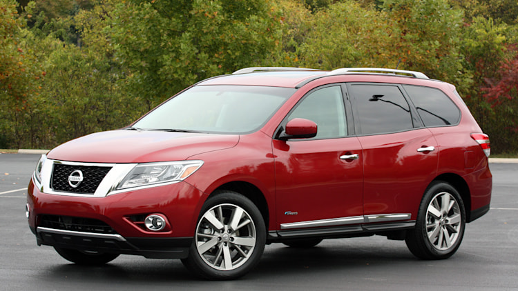nissan axing pathfinder hybrid from 2016 lineup autoblog. Black Bedroom Furniture Sets. Home Design Ideas