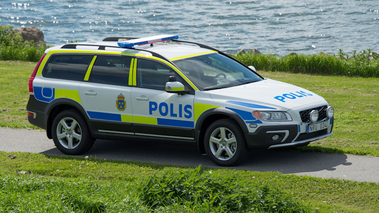 volvo wants this car to be the crown vic of global police