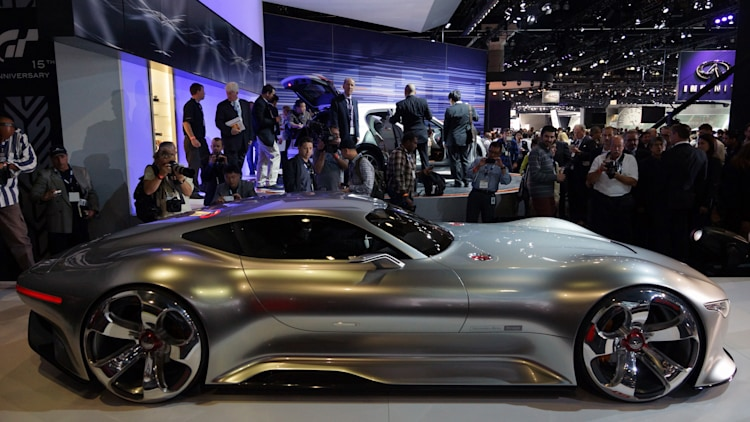 Mercedes Amg Vision Gran Turismo Concept Is Long Low Wide W Video Autoblog