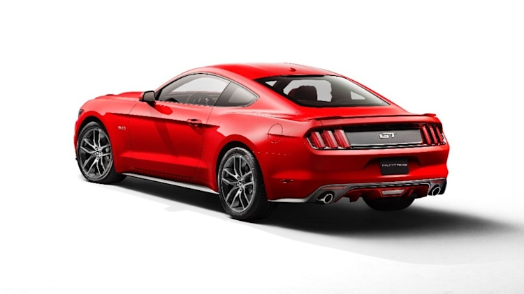 2015 ford mustang specs revealed gt to pack 435 hp update. Black Bedroom Furniture Sets. Home Design Ideas