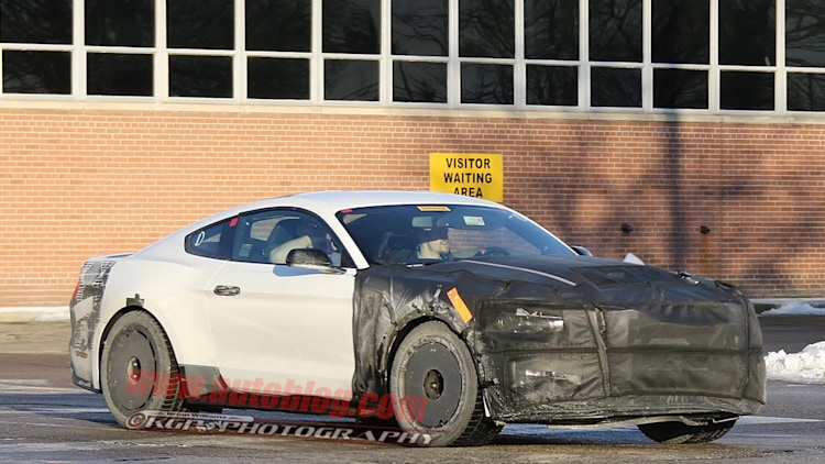 Camouflage Ford Mustang Ford Mustang Gt350 Drops Some
