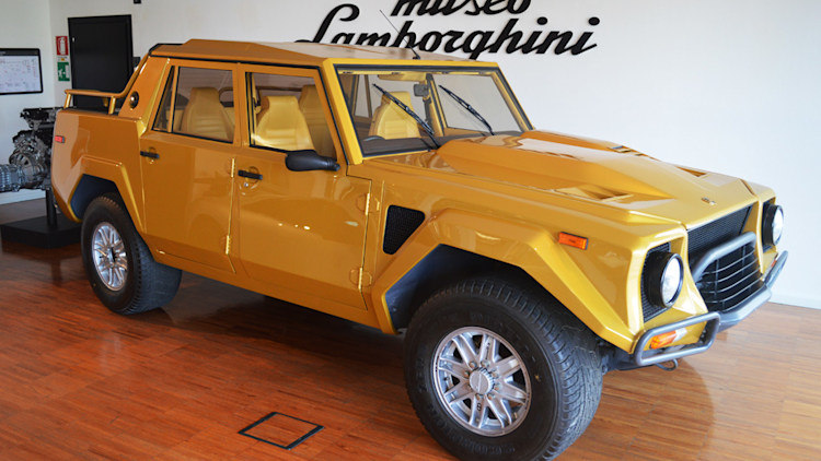 Lamborghini LM 002 (right-hand drive)