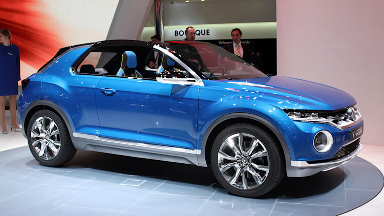 vw to show tiny t cross a juke and cx 3 rival at geneva autoblog. Black Bedroom Furniture Sets. Home Design Ideas