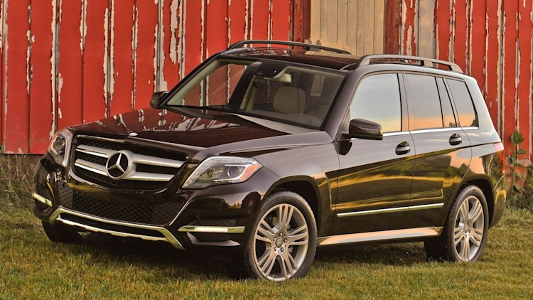 Compact Luxury SUV: Mercedes-Benz GLK350 (tie)