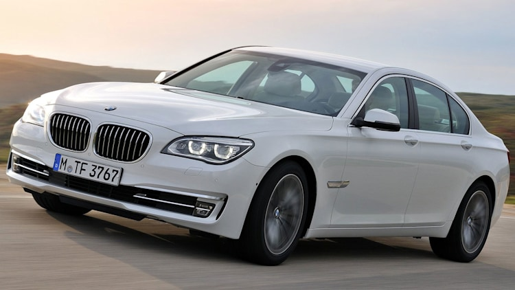 Luxury Sedan: BMW 750