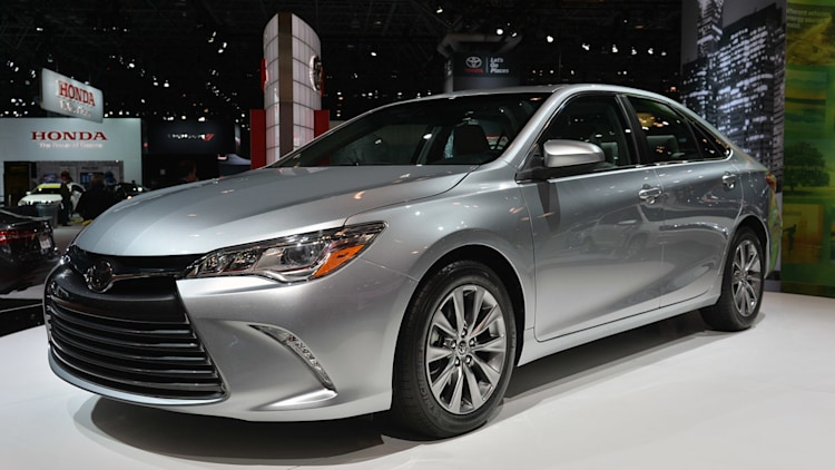 2015 Toyota Camry priced at $22,970*, Hybrid at $26,790* - Autoblog